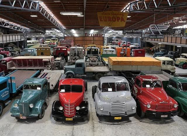Bill RIchardson's Transport World - cars and vans lined up